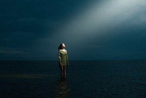 一个人孤独伤感图片,孤独一个人伤感唯美