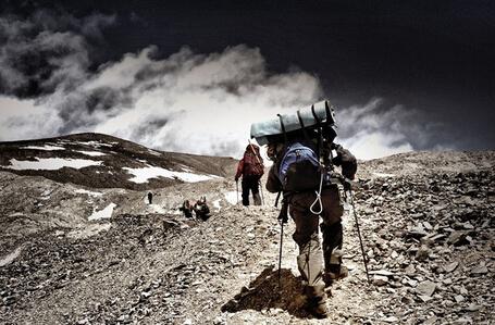 有些路很远 走下去会很累